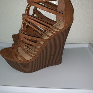 JustFab Shoes - Brand new heels